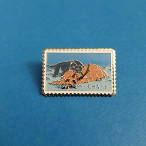 Vintage: Postage Stamp Pin
